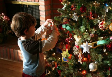 Christmas-tree-and-boy-